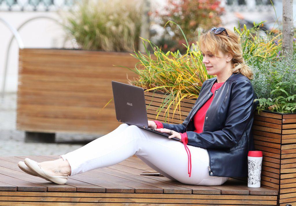 Jak zatrudnić Wirtualną Asystentkę